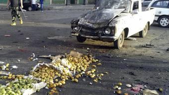 Bei einem IS-Selbstmordattentat auf einem Markt in der syrischen Stadt Al-Suwaida sind über 200 Menschen getötet worden.