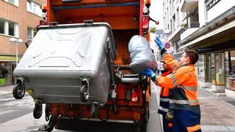 In der blitzsauberen Schweiz schaffen wir 45 Tonnen Abfall, pro Minute. (Symbolbild)