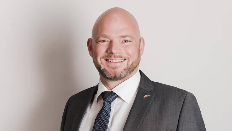 Moritz Segna ist Betriebsökonom.
