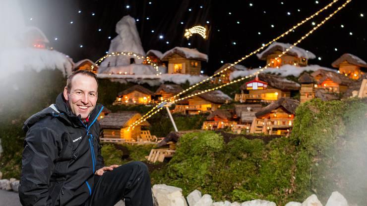 Der Bauer Fredy Umbricht von Wein & Gemüse Umbricht in Untersiggenthal hat mit Unterstützung seiner Partnerin ein grosses Weihnachts-Krippendorf erstellt, für das rund 150 Stunden Arbeit anfielen.
