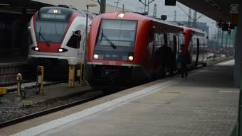 Regional- und S- Bahn-Züge sollen zu den Stosszeiten im Halbstundentakt zwischen Basel und Freiburg verkehren. (Symbolbild).