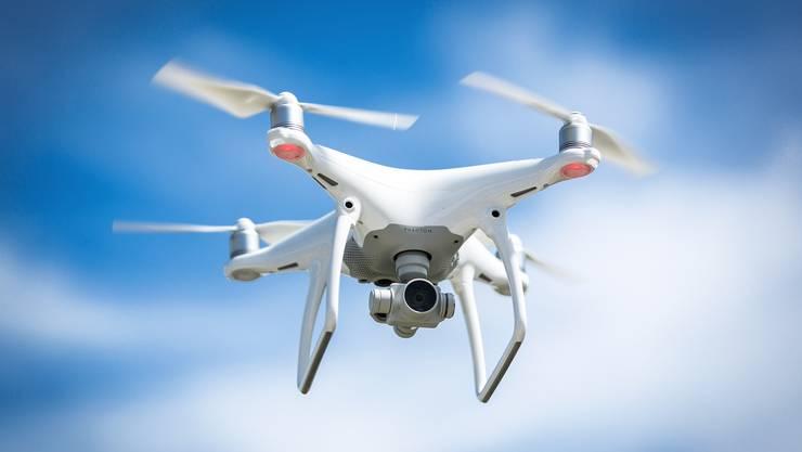 Die Anzahl der Drohnennutzer steigt schweizweit rapide an. Nicht alle respektieren dabei die Regeln.