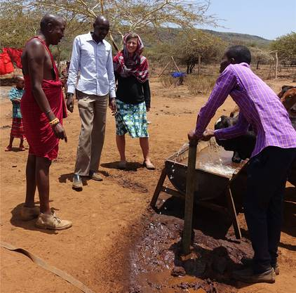 Silvia Stieger hilft kleineren Organisationen in Entwicklungszusammenarbeit.