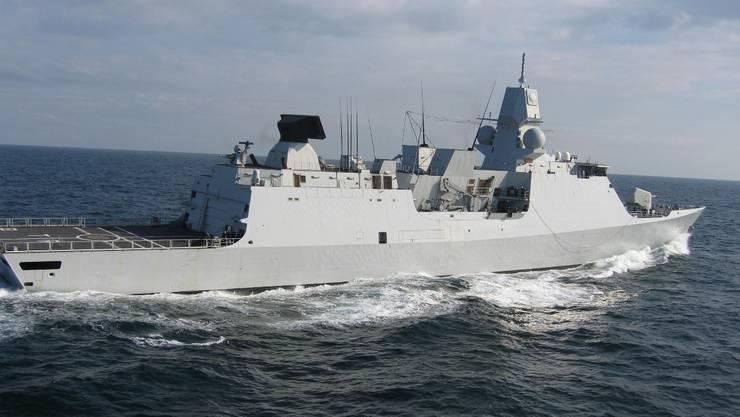 Von dem holländischen Navyschiff «HMS Tromp» aus startete die waghalsige geheime militärische Befreiungsmission im libyschen Sirte. Foto: HO
