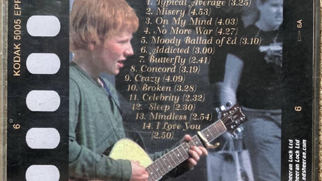 Sheeran-Album aus Teenagerzeiten für 50 000 Pfund versteigert