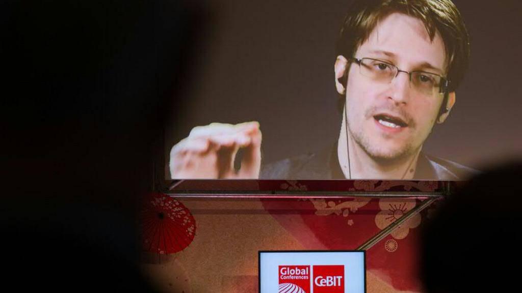 Whistleblower sollen in der EU besser vor Vergeltung geschützt werden. Im Bild der US-Whistleblower und ehemalige CIA-Mitarbeiter Edward Snowden. (Archiv)