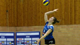 Maja Storck und Sm'Aesch Pfeffingen erreichen gegen die Finninnen in extremis die nächste Runde.