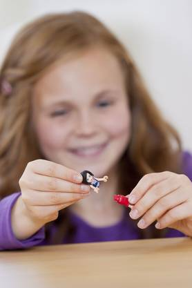 Extra neu gestaltet. Die Lego-Minifigur für Mädchen ist grösser und kurviger als jene der Jungs.