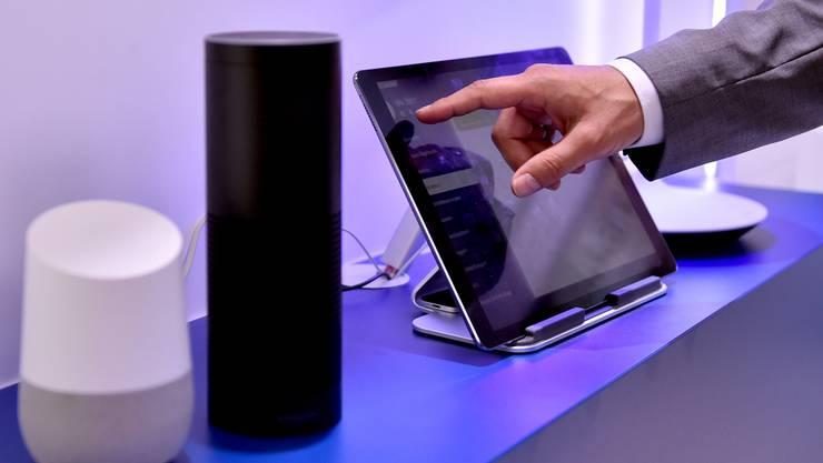 Laut der Marktforschungsgesellschaft Forrester werden bis 2022 allein in den USA 244 Millionen Smart-Home-Geräte in Betrieb sein. (Symbolbild)