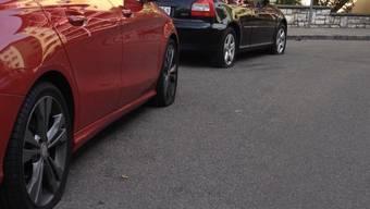 Die beiden Männer wurden beobachtet, wie sie versuchten, Autos zu öffnen. (Archiv)