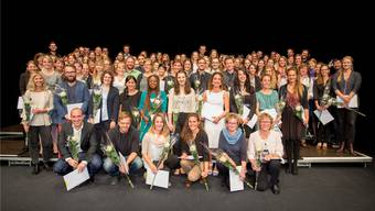 Die Absolvierenden der Hochschule für Soziale Arbeit FHNW nahmen in Olten ihr Diplom entgegen.