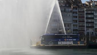 Der FCB tauft den «Bebbibus».