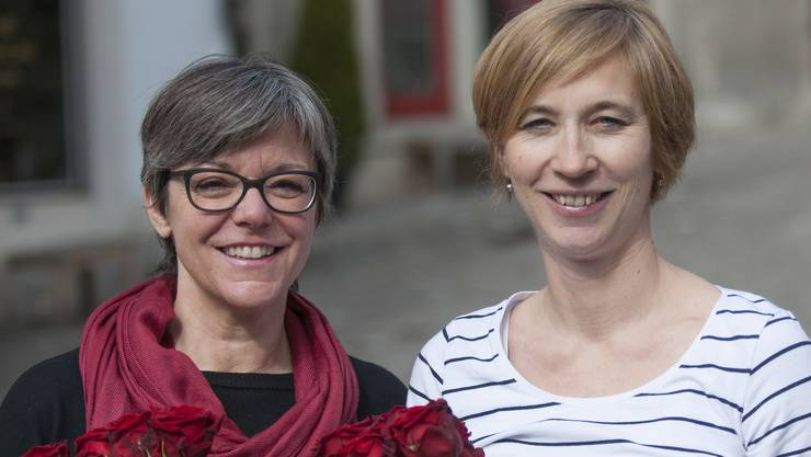 Links Regula Dell'Anno-Doppler (bisher), nominert als Vizeammann, rechts Karin Bächli als Stadträtin (neu)