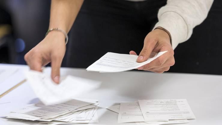 Bei der Auszählung der Stimmzettel fielen die Zettel, die immer ähnlich ausgefüllt waren, auf. (Symbolbild)