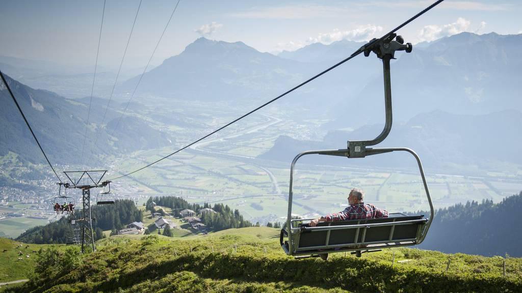 Wunderschöne Aussicht auf das St.Galler und Churer Rheintal.