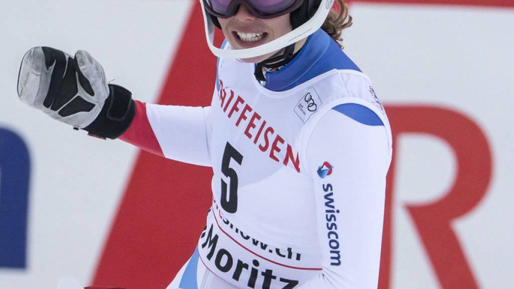 Michelle Gisin freut sich in St. Moritz über ihre Topleistung im Super-G
