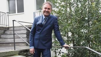 Michael Derrer – hier vor dem Bezirksgericht in Rheinfelden – will das Laienrichteramt stärken.