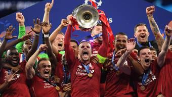 Künftig auf CH-Media-Kanälen zu sehen: die Champions League. Im Bild die letztjährigen Gewinner vom FC Liverpool mit Xherdan Shaqiri. Das englische Team ist dieses Jahr allerdings schon ausgeschieden.