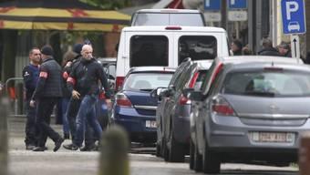 Die Polizei führte in Brüssel im Rahmen der Ermittlungen zu den Anschlägen vom März eine Tatortrekonstruktion durch. Zudem verhaftete sie einen achten Verdächtigen: Einen 30-jährigen Belgier.