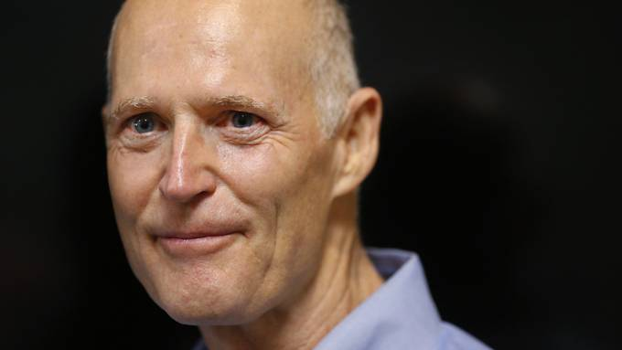 Äusserst knapp in den US-Senat in Washington gewählt. der Republikaner aus Florida Rick Scott.