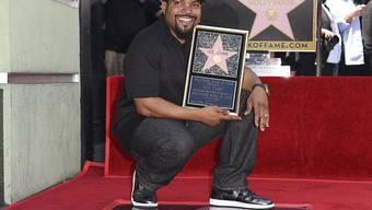 """Ice Cube feierte am Montag mit seiner Familie und vielen Weggefährten seine eigene Sternenplakette auf Hollywoods """"Walk of Fame""""."""