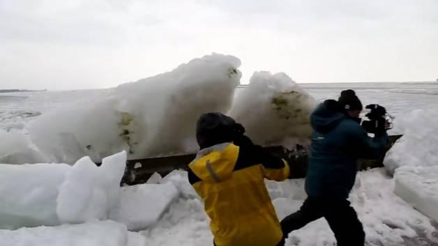USA und Kanada: Gefährliche Eis-Tsunamis überrollen Festland