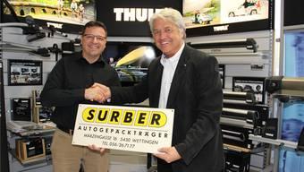 Der neue Besitzer Patrick Schneider (l.) übernimmt von Daniel N. Surber das Unternehmen – samt Logo. Carolin Frei