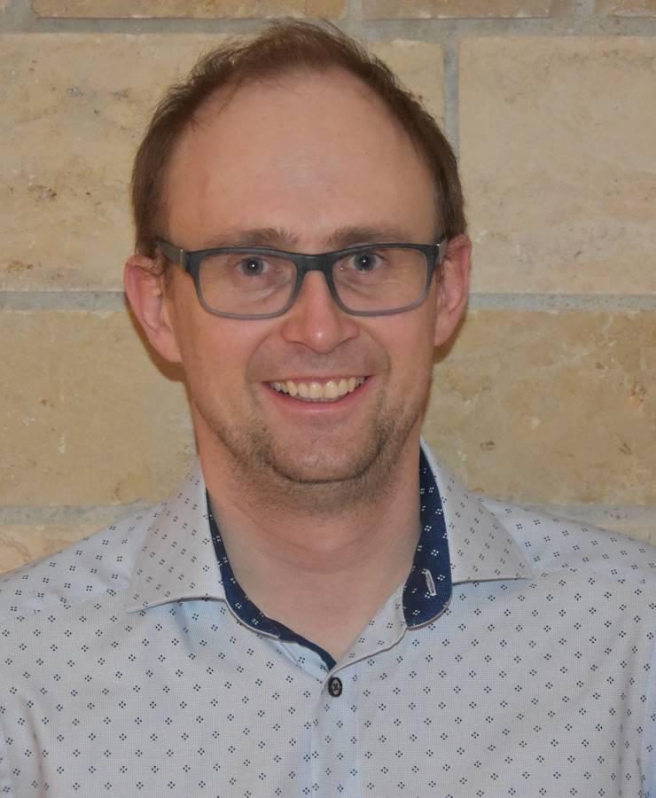 Ueli Deubelbeiss, Hausarzt