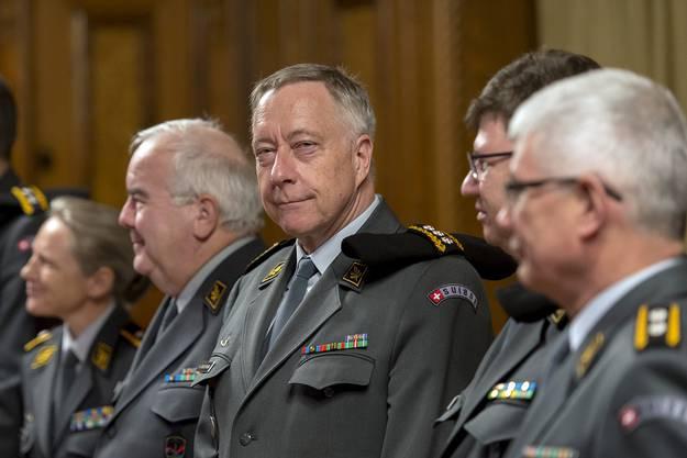 Der Chef der Armee, Andre Blattmann (Mitte).