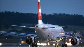 Werden bis Ende Februar Peking und Schanghai nicht ansteuern - die Flieger der Swiss. (Archivbild)