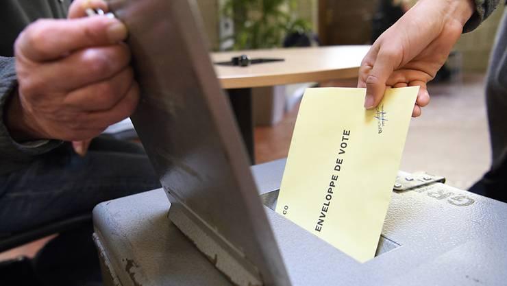 Bei den kantonalen Wahlen kam es im März 2017 zu Unregelmässigkeiten. Ein Mann hatte rund 190 Wahlzettel aus Briefkästen gefischt und gefälscht. (Symbolbild)