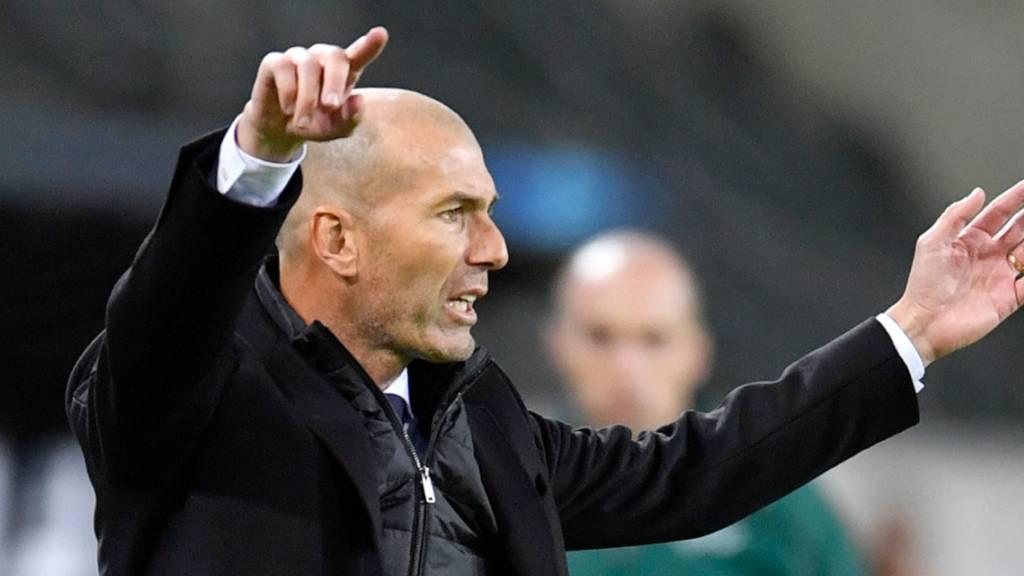 Für Zinédine Zidane und Real Madrid steht das nächste wegweisende Spiel an: das Derby gegen Atlético