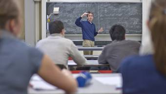 Die Lehrerausbildung I kostet im Schnitt über 130000 Franken.