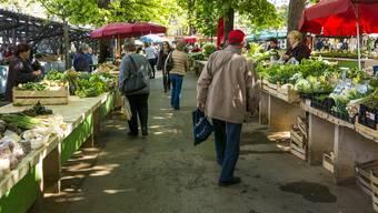 Köstlichkeiten soweit das Auge reicht. Was dieser Gemüsemarkt, wohl noch zu bieten hat?