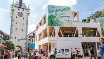 Viel beachtet: Das Zurzibieter «Baumhuus» an der Badenfahrt. Sandra Ardizzone