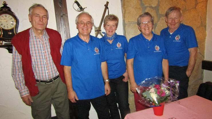 Revisor Werner Reding, Präsident Herbert Bühler, Aktuarin Lilly Rieder, Kassierin Kathrin Kappeler und Vizepräsident Kari Christen