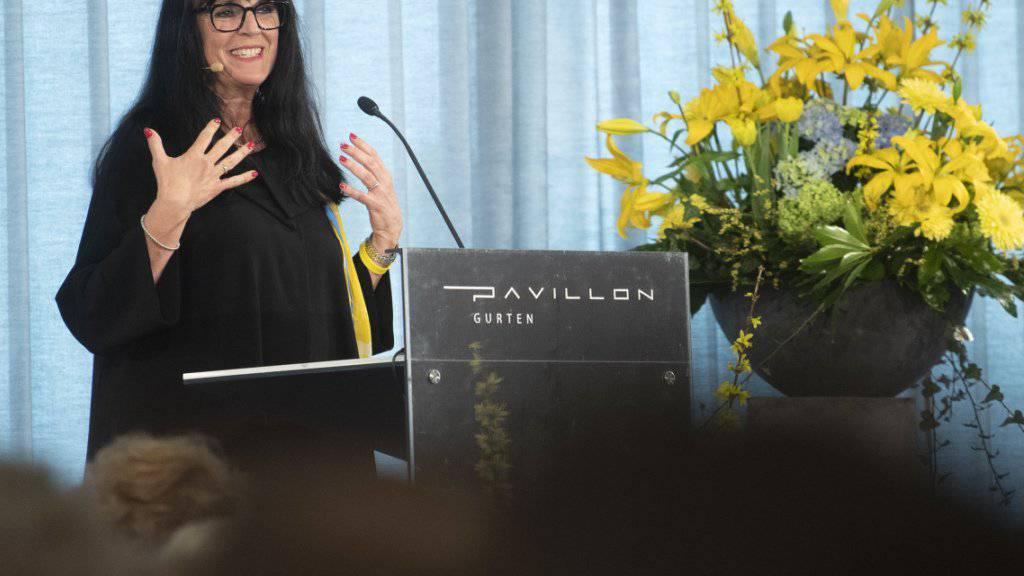 Parteipräsidentin Marianne Streiff-Feller betont die Brückenfunktion der Evangelischen Volkspartei.