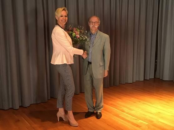 In Oetwil wurde Rahel von Planta (FDP) als Gemeindepräsidentin gewählt, ihr Vorgänger war Paul Studer (FDP).