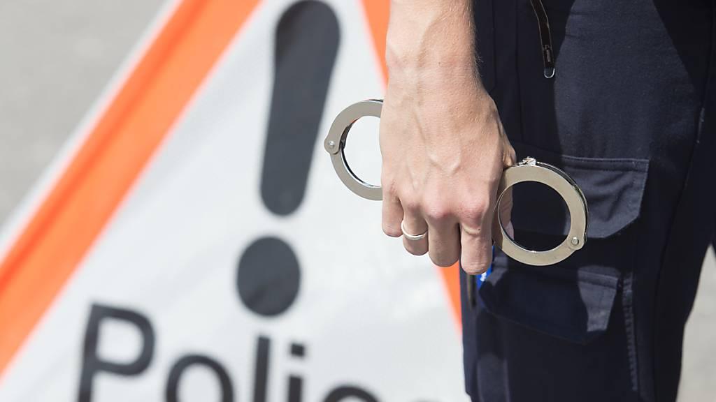 Im Kanton Freiburg sind Terrorverdächtige festgenommen worden. (Symbolbild)