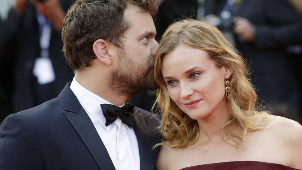 Hat diese Liebe doch noch eine Chance? Die Schauspieler Joshua Jackson und Diane Kruger (hier beim Filmfestival Venedig 2015) haben sich zwar getrennt, gehen aber immer noch zusammen weintrinkend spazieren. (Archivbild)