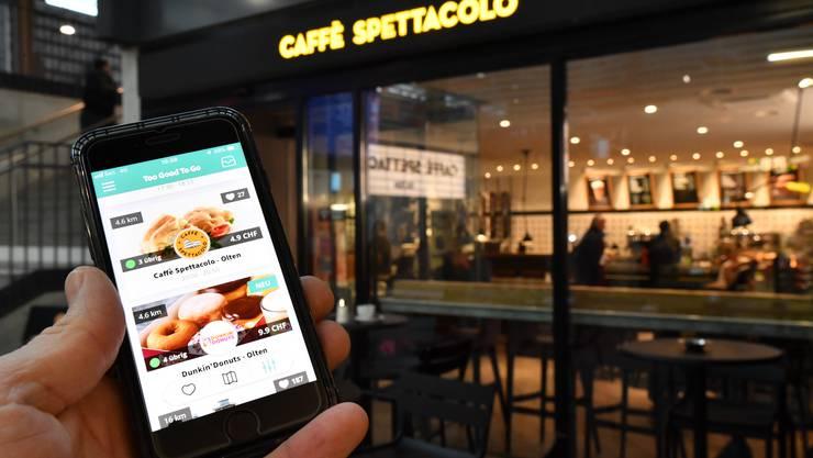 Caffè Spettacolo und Dunkin' Donuts sind bei der Aktion «Too Good To Go» dabei.