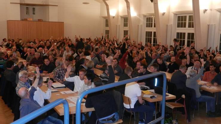 168 Stimmbürger von Langendorf wollten auf das Traktandum Schularaumerweiterung nicht eintreten.