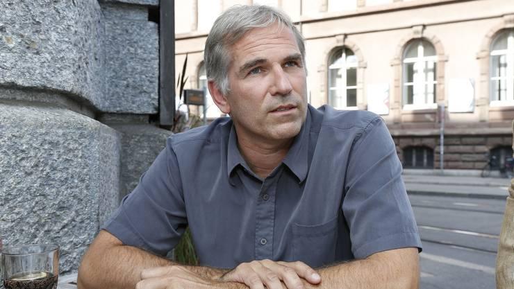 Sicherheitsdiektor Baschi Dürr bleibt bei seinem Freistellungs-Entscheid: Lorenz Nägelin (Bild) kehrt nicht zur Rettungssanität zurück