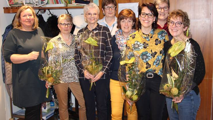 vlnr Yvonne Strässle, Annekäthi Hänsli (neu), Ruth Probst, Erika Bartholdi (demissioniert), Annelies Bleuer (demissioniert), Chrigi Rölli, Marie-Thérèse Lanz, Sandra Huber (neu)
