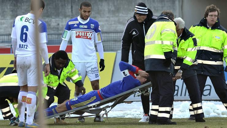 Am Sonntag schockte FCB-Captain Marco Strellers Verletzung Fans und Teamkollegen. Am Montag gabs Entwarnung. Martial Trezzini/keystone