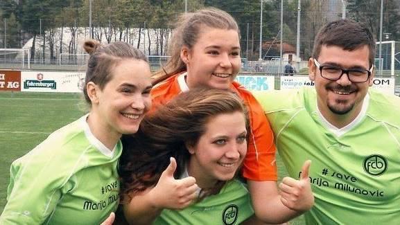 Ihre Freunde kämpften mit Marija (im orangen Shirt) für ein Bleiberecht in der Schweiz.