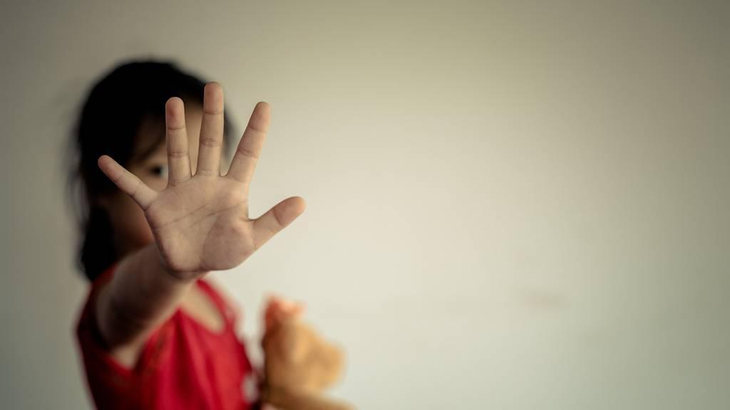 Gewalt an Kindern gibt es nicht? Von wegen!