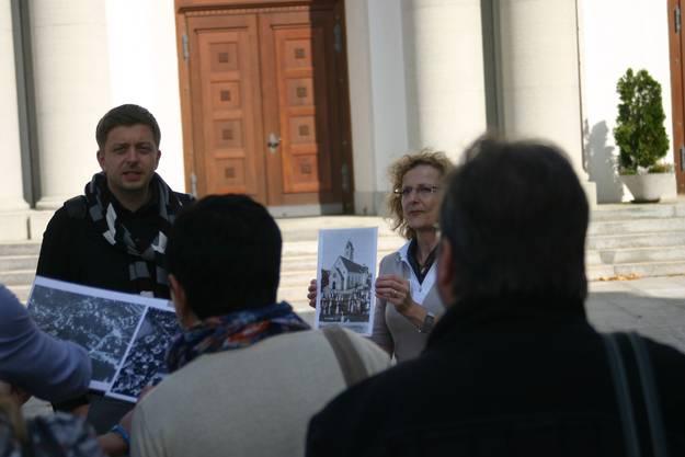 Bilder von vergangenen Zeiten stiessen auf reges Interesse bei den tschechischen Gästen.