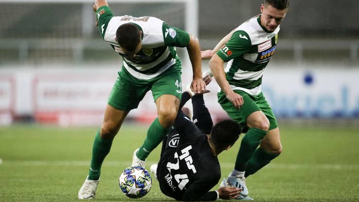 Bislang sind es die Krienser (grün-weisse Trikots), die dem FC Aarau in der laufenden Challenge-League-Saison überlegen sind.
