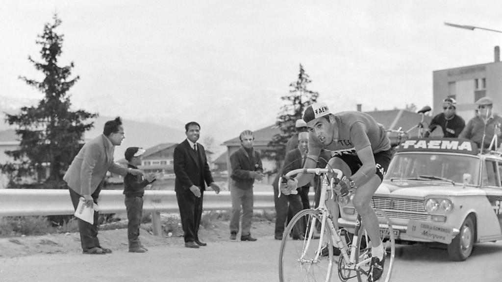 Eddy Merckx war ein Allrounder - stark am Berg und auch im Zeitfahren (hier bei der Tour de Romandie 1968)